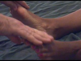 MochaArches Gets Massage