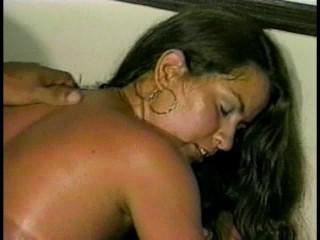 This 18 year old gets cum sprayed on her – Pt. 1/2